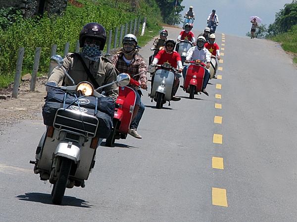 cho thuê xe máy đi phượt ha nội bằng xe ga