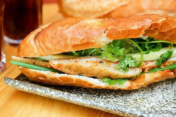 bánh mỳ chả cá