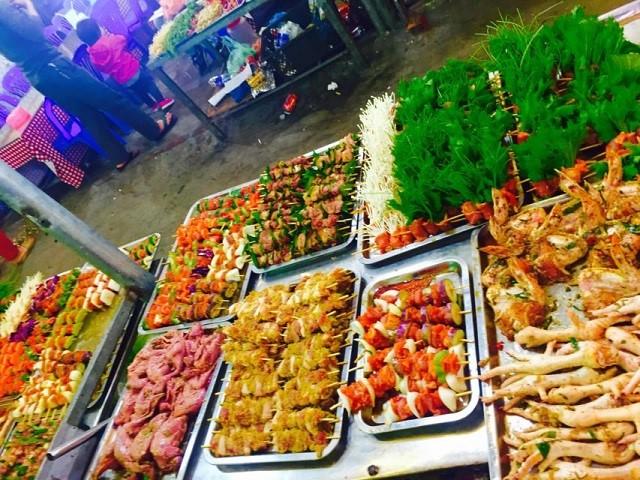 Những đồ ăn vặt ở chợ đêm Tam Đảo (Ảnh ST)