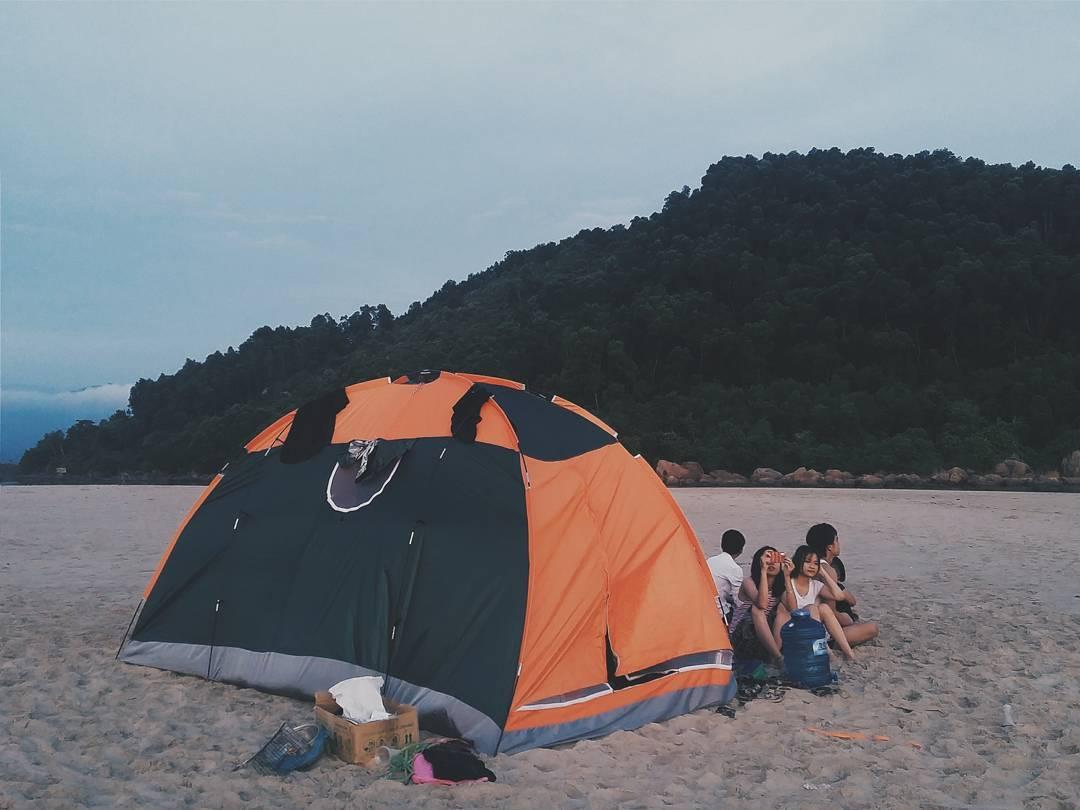 cắm trại ở làng vân