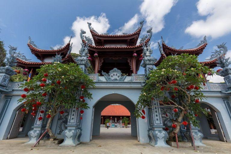 Đền Thượng Bồng Lai