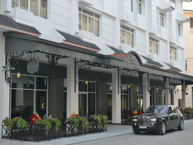 Những khách sạn tại Hạ Long luôn cháy phòng mùa du lịch