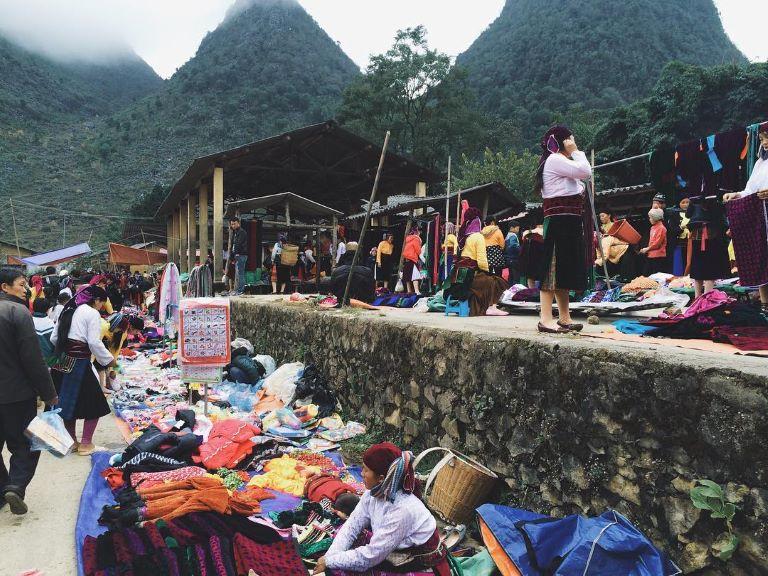 Chợ Phiên Sa Pìn