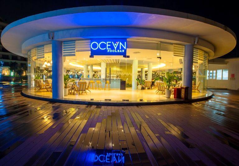 Ocean Pool Bar