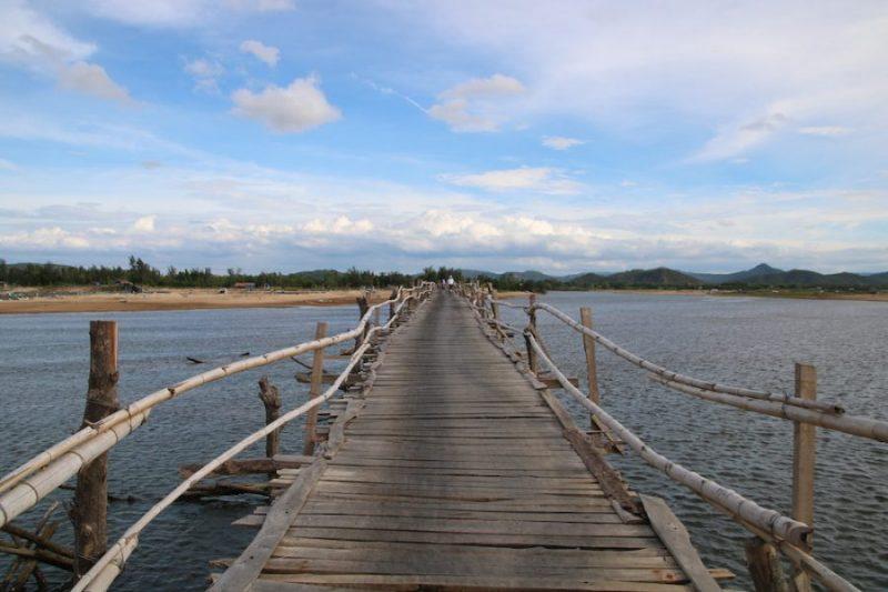 cầu gỗ vũng rô