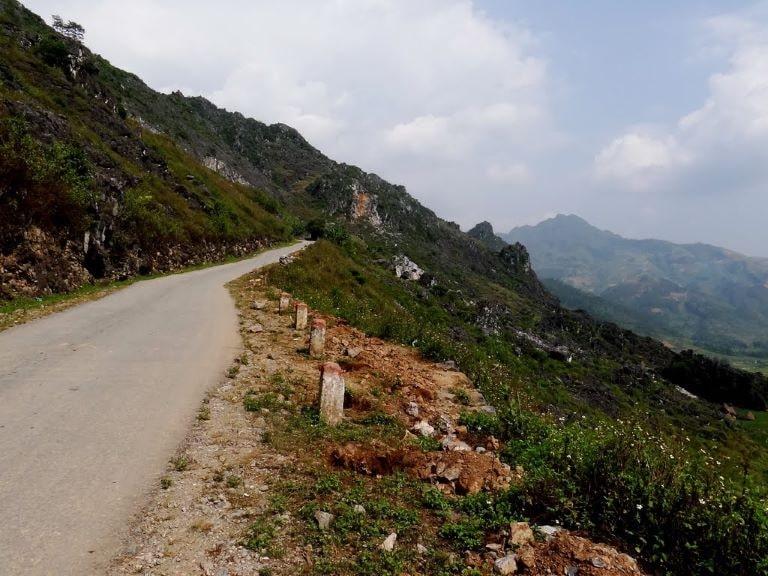 Đường Đồng Văn Hà Giang