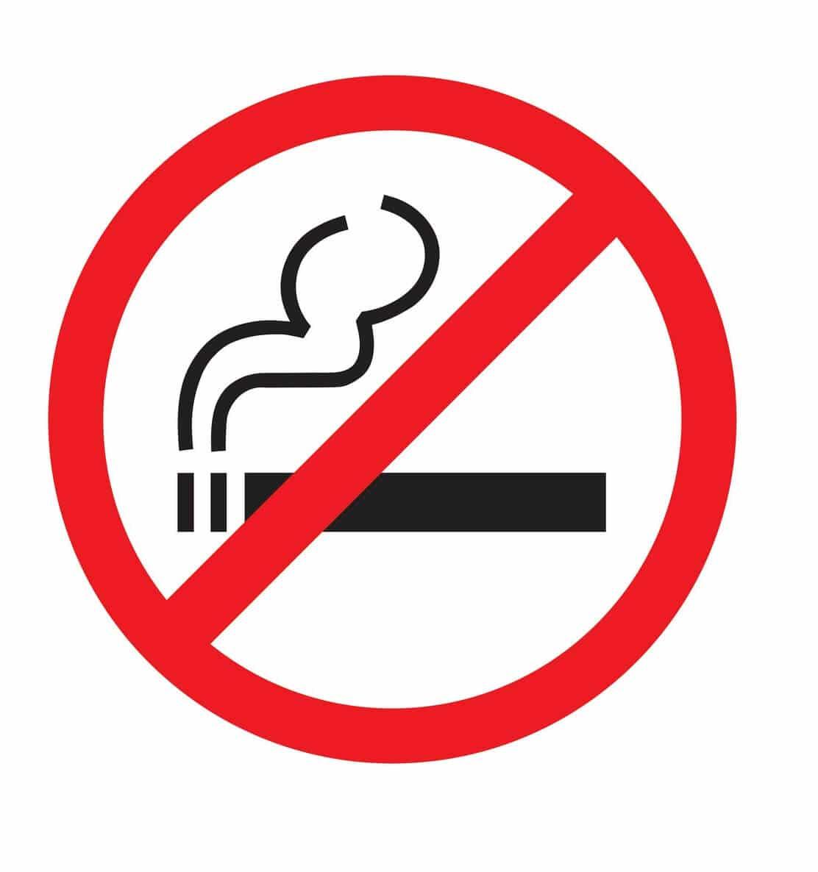 Tuyệt đối không hút thuốc nơi công cộng
