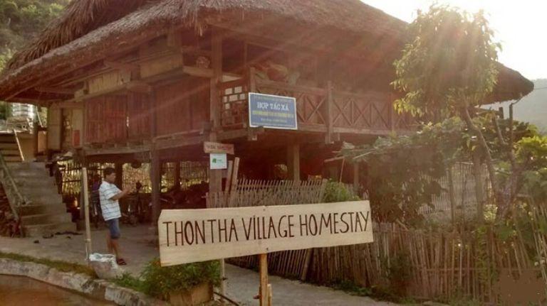 Thon Tha Tay Stilt House