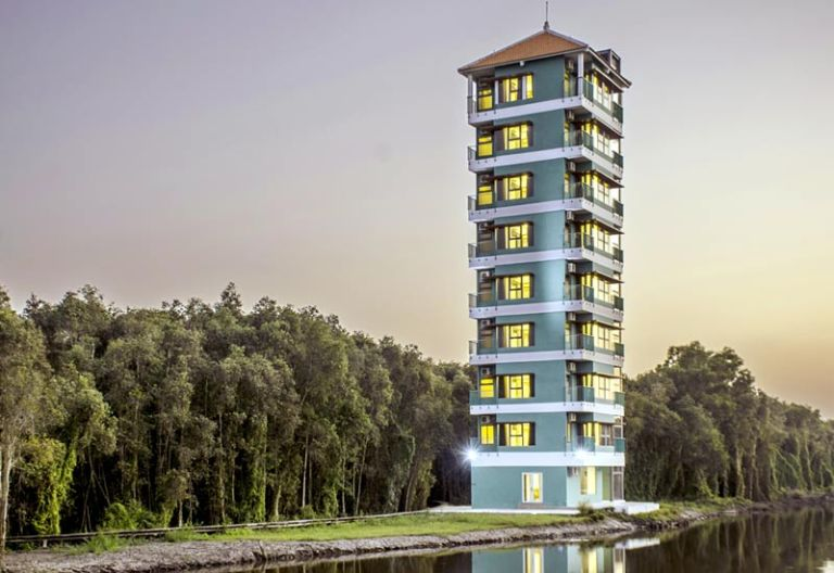 Khách sạn làng nổi tân lập