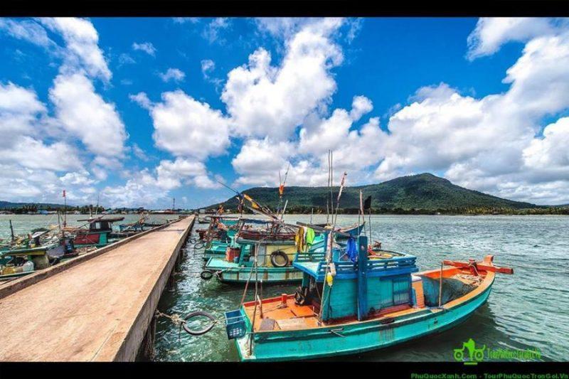 làng chài Hàm Ninh tour Phú Quốc 3 ngày 2 đêm