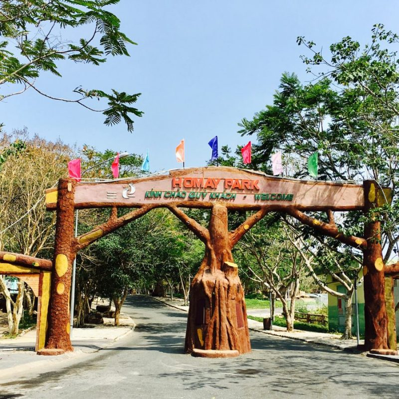 cổng Hồ Mây