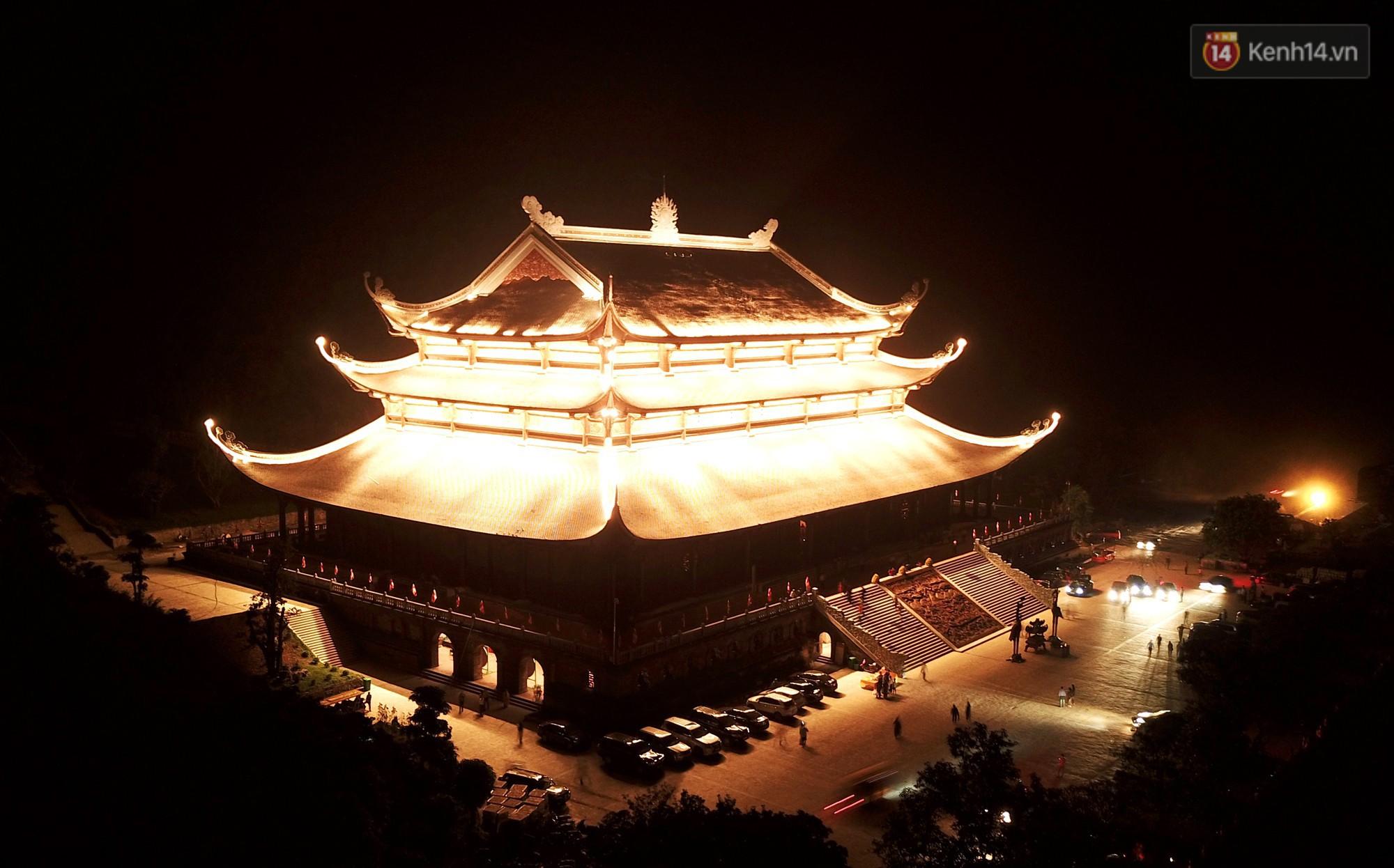 Nên đến chùa Tam Chúc vào khoảng thời gian nào?