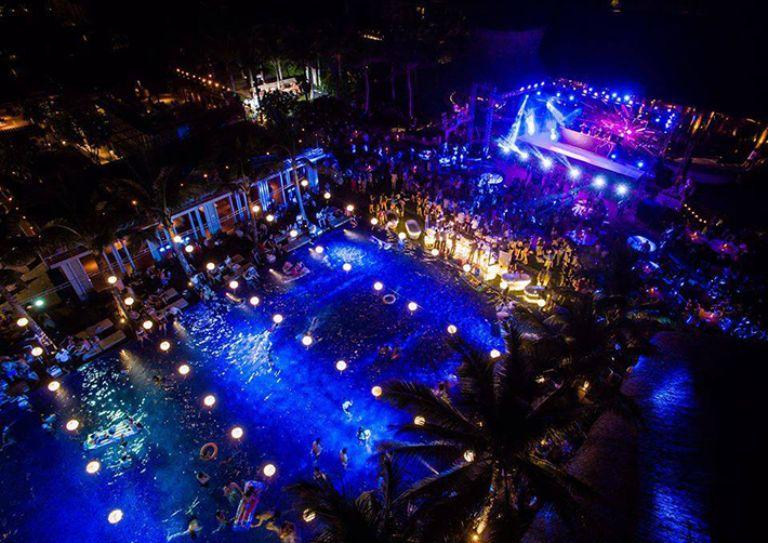 Kết hợp hoành tráng tại Vanessa Beach Club – chỉ có tại khu vui chơi Cocobay Đà Nẵng
