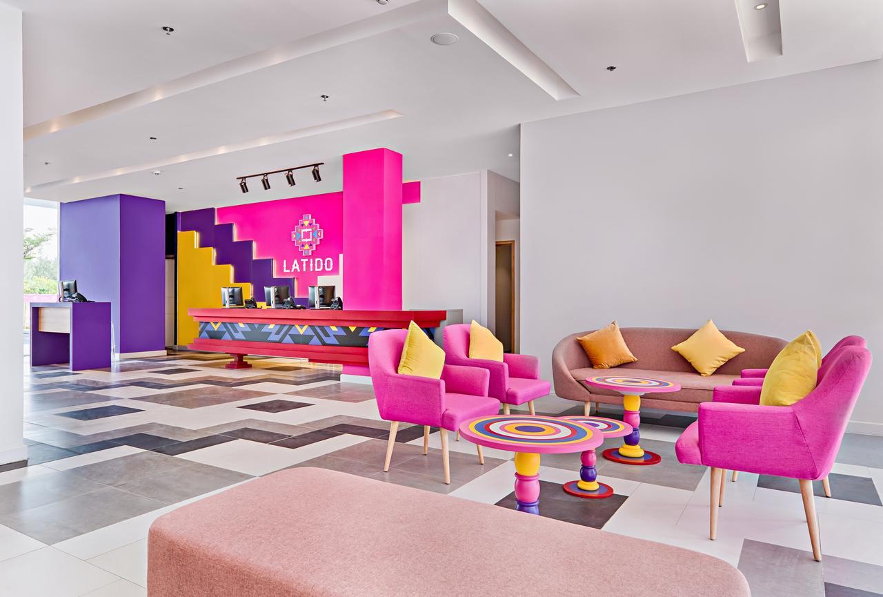 Khách sạn Latido- Không chỉ nội thất phòng nghỉ mà sảnh chờ của Latido cũng đẹp như tranh vẽ