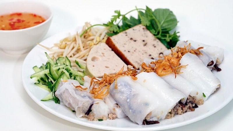 ăn sáng ở Vũng Tàu với bánh cuốn