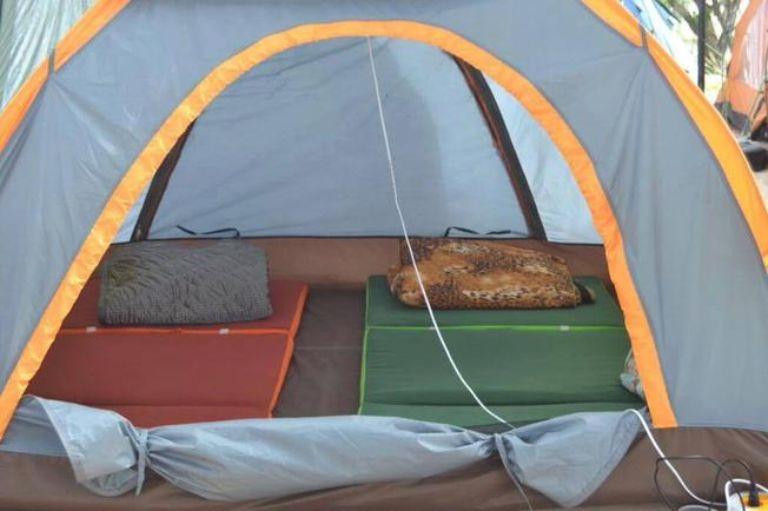 Cắm trại bờ biển
