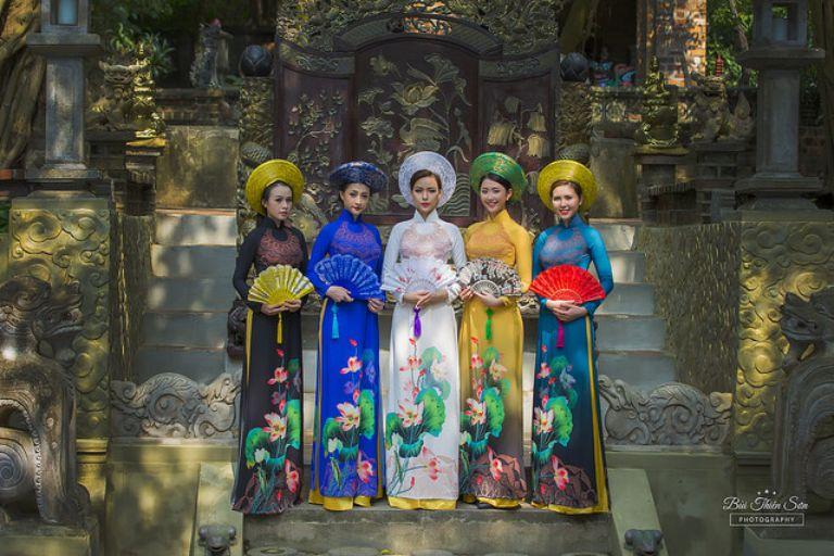 Chụp ảnh áo dài tại Việt Phúc Thành Chương