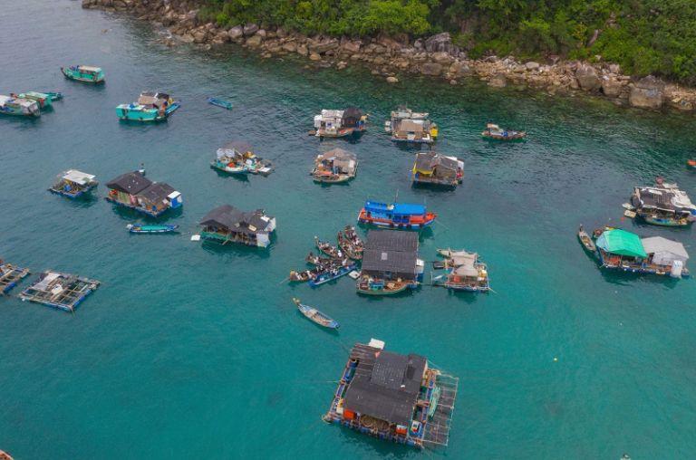 Thăm làng chài Thổ Chu