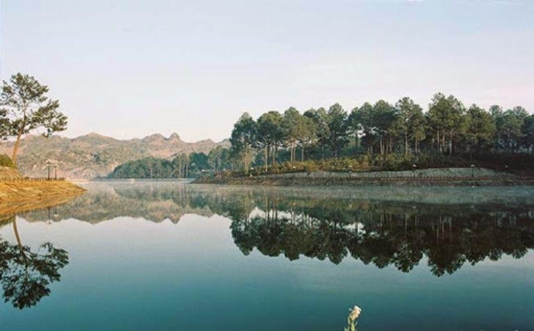 cắm trại tại Mộc Châu