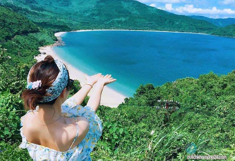 Biển Làng Vân