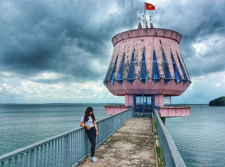 Hồ Dầu Tiếng - Tây Ninh