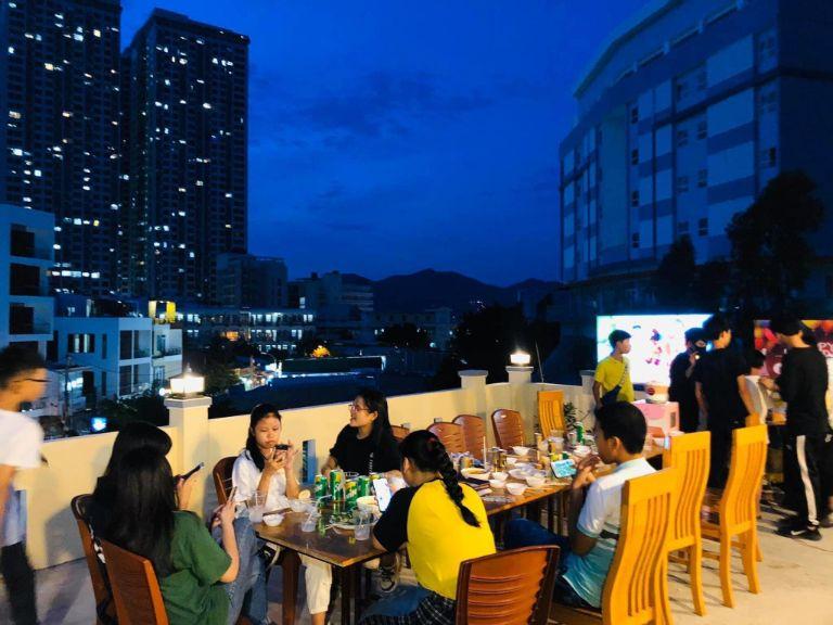 Tiệc nướng BBQ tại Garden House Homestay Nha Trang