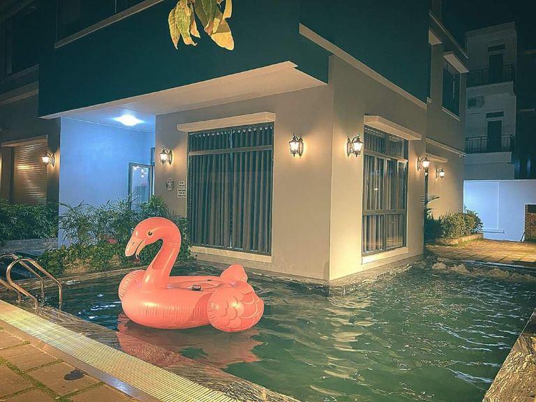 khu hồ bơi của SunSea villa