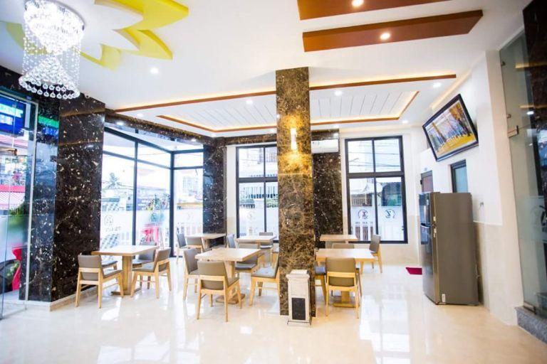 Phòng khách sang trọng tại Homestay Nha Trang