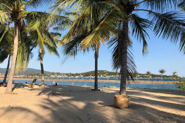 Bãi tắm riêng An Viên cho bạn thỏa sức thư giãn và tận hưởng phút giây tại Nha Trang