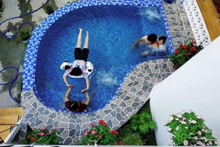 bể bơi tại Chi Boutique Homestay Vũng Tàu
