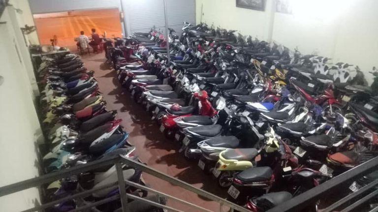 Cho thuê xe máy Vườn Đào - Hạ Long