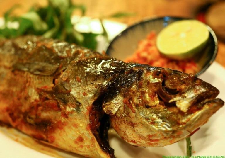 Thịt cá ăn rất dai, chắc và thơm ngon