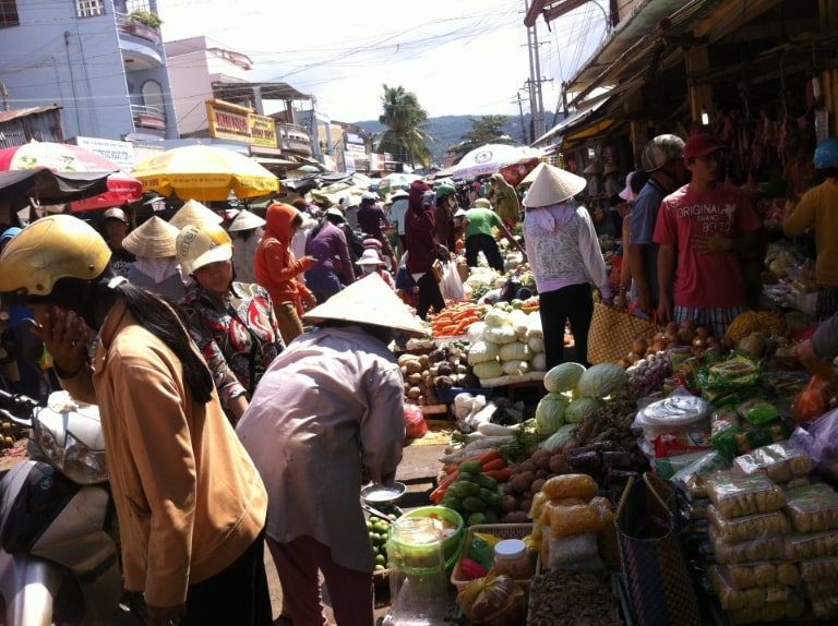 The busiest and largest market in Phu Quoc can only be Duong Dong market