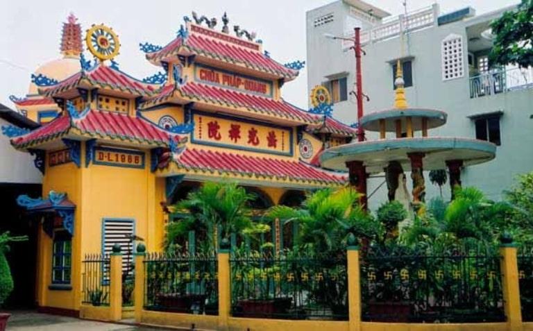 Kiến trúc độc đáo của ngôi chùa sẽ mang đến cho bạn một trải nghiệm đáng nhớ