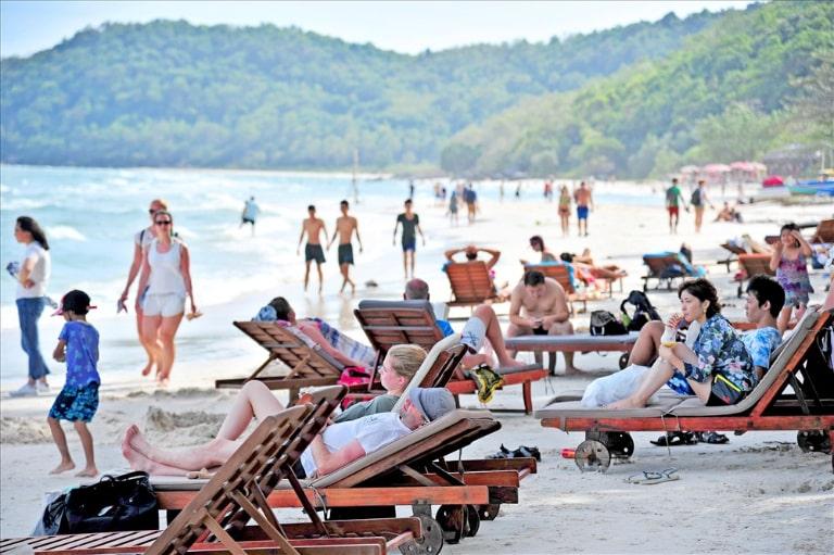 """Du lịch vào mùa cao điểm tại Phú Quốc các chi phí dịch vụ sẽ rất """"chát"""""""