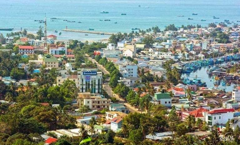 Đặt phòng ở thị trấn Dương Đông sẽ giúp bạn dễ dàng, thuận lợi và tiết kiệm chi phí đi lại thăm quan Phú Quốc