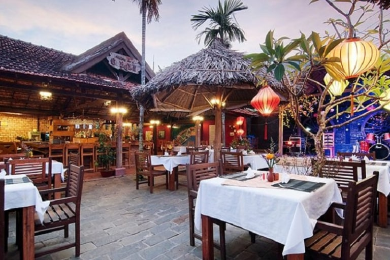 Tìm kiếm một địa điểm ăn uống ăn uống ở Phú Quốc