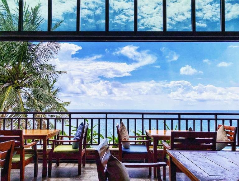 View biển của địa điểm ăn uống tại Phú Quốc này là điểm hút khách