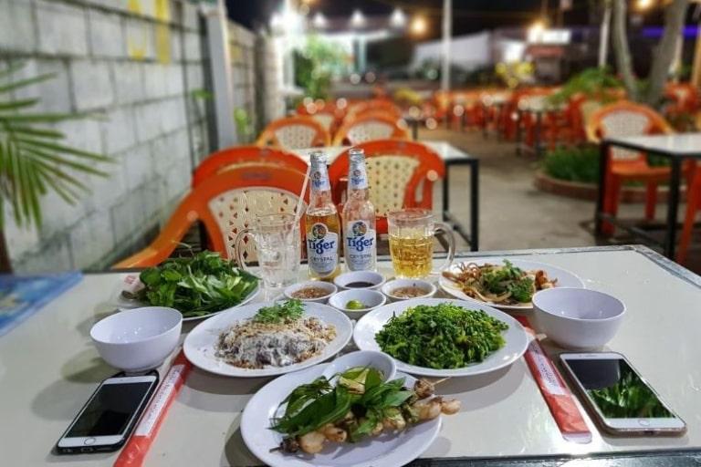 Các món ăn hải sản của địa điểm ăn uống này được chế biến đa dạng
