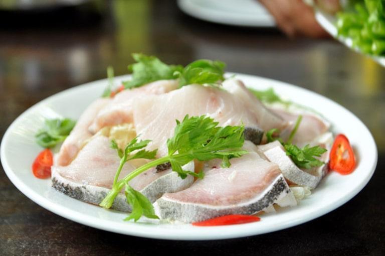 Bạn có thể chế biến được nhiều món ăn từ cá bớp