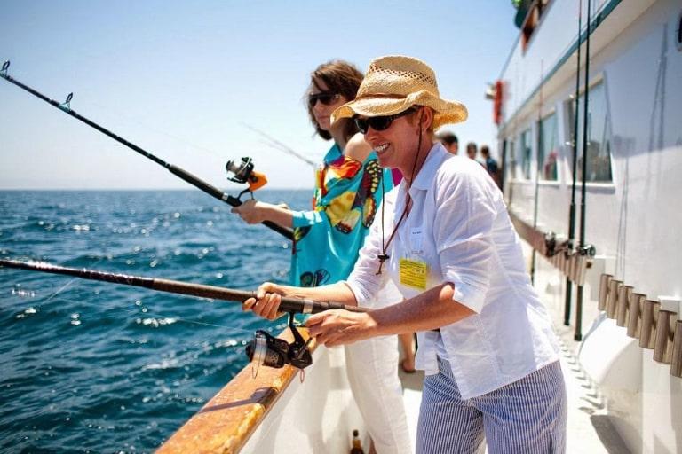 Đi câu cá khi du lịch Phú Quốc