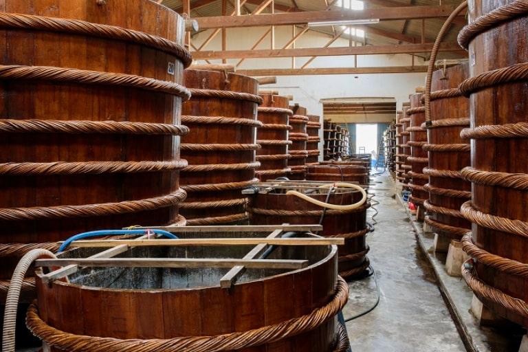 Xem quy trình sản xuất nước mắm Phú Quốc