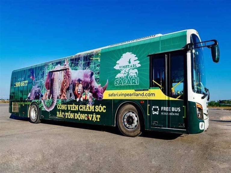 Bạn có thể sử dụng dịch vụ di chuyển miễn phí tại sân bay để đến Vinpreal Phú Quốc Safari