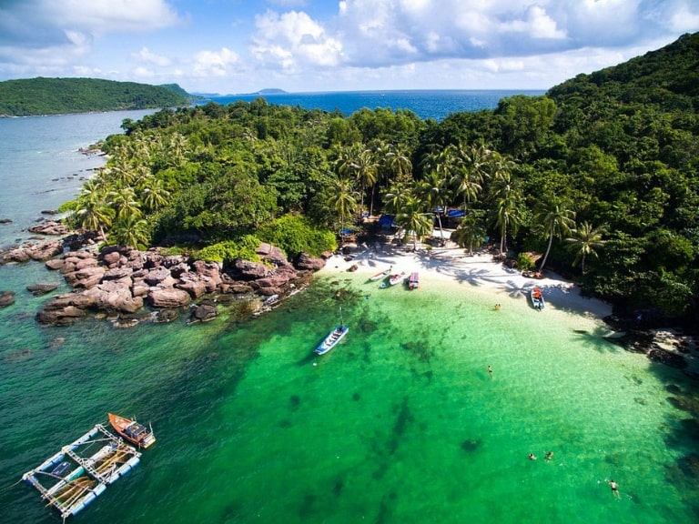 Occupying up to 70% of the island's land area, the national park in Phu Quoc is very large
