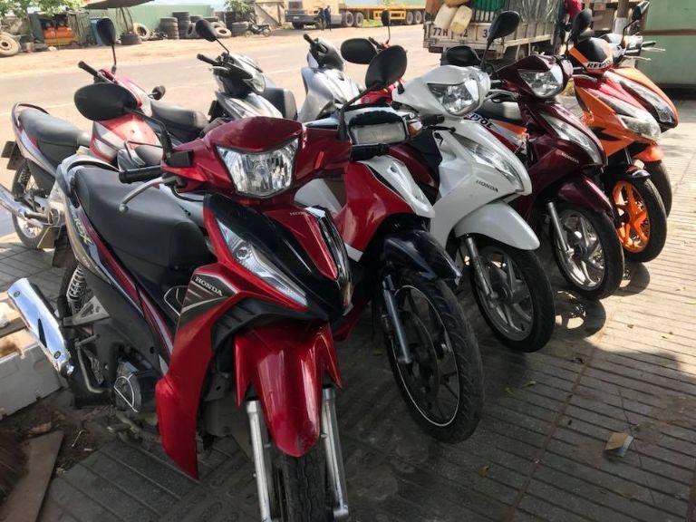 cửa hàng cho thuê xe máy ở Cà Mau