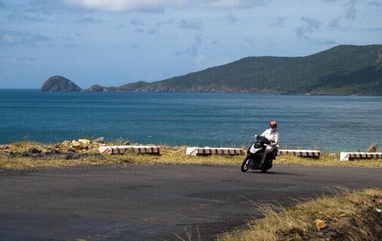 Giá thuê xe máy tại huyện Côn Đảo bao nhiêu?