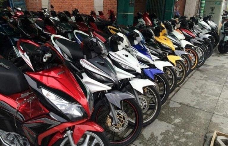 Thuê xe máy Văn Tuấn
