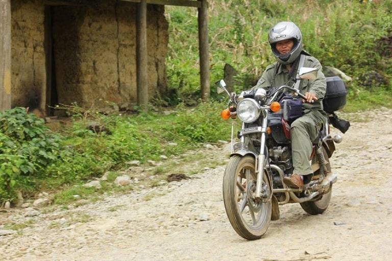 Thuê xe máy Hoang Trường