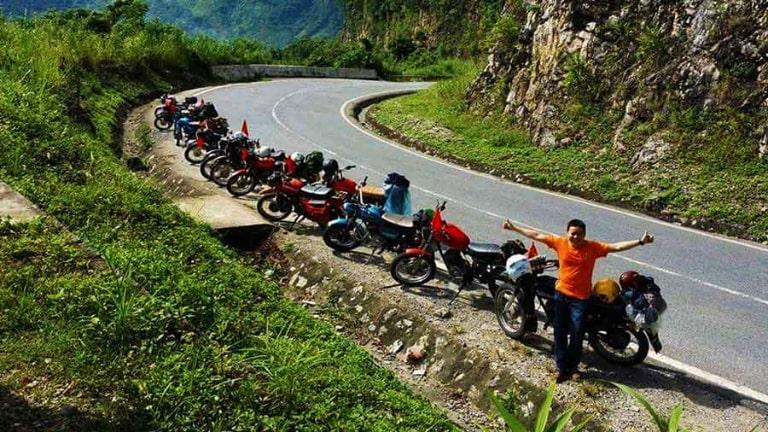 Thuê xe máy sẽ chủ động hơn khi du lịch Lào Cai