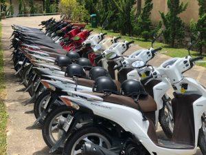 Cho thuê xe máy ở cửa hàng Đỗ Khắc Long